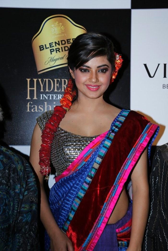 Meera Chopra Saree Hot Stills at BPHIFW 2012 Day 3