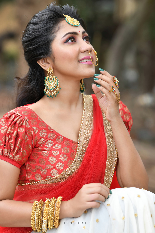 Tamil Actress Meghali Photoshoot HD Images