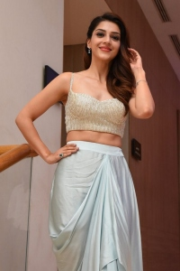 Actress Mehreen New Pics @ Manchi Rojulochaie Characters Intro