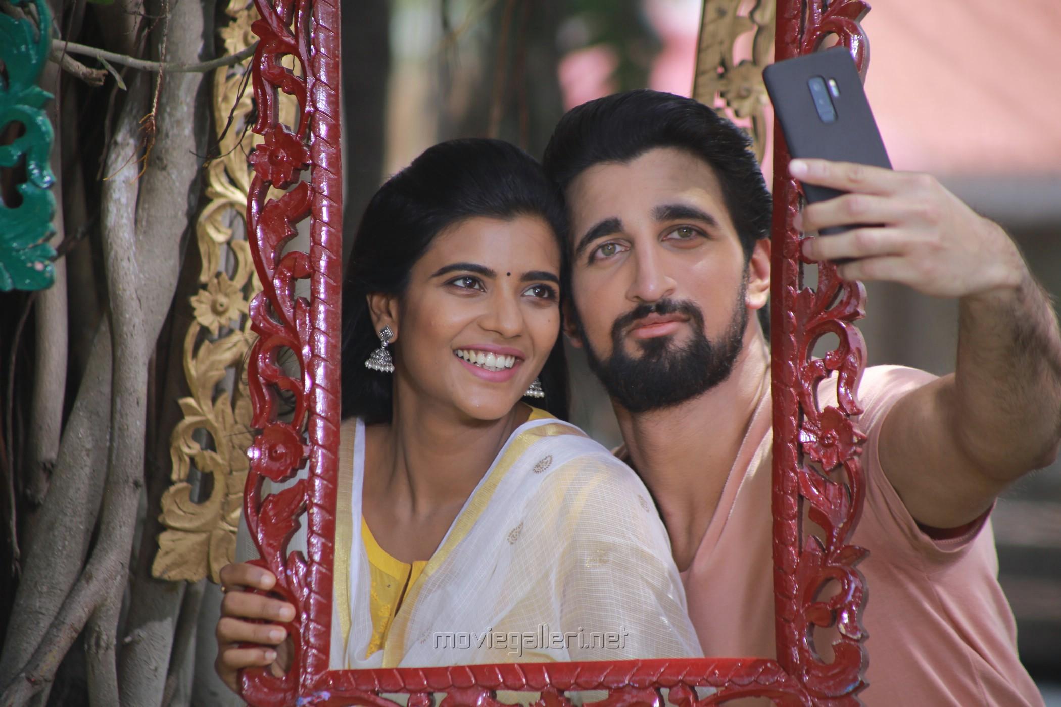 Aishwarya Rajesh, Nicky Sundaram in Mei Movie Stills HD