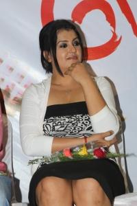 Actress Sona @ Meiyalagi Movie Trailer Launch Photos