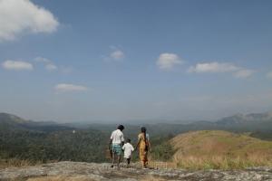 Merku Thodarchi Malai Movie Stills
