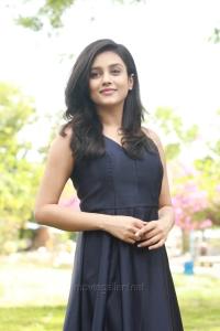 Semma Botha Aagathey Actress Mishti HD Images