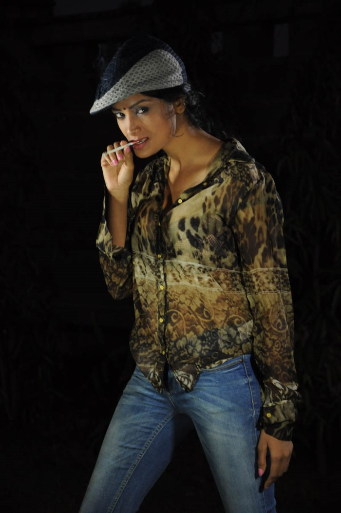 Actress Leelavathi in Miss Leelavathi Movie Photos