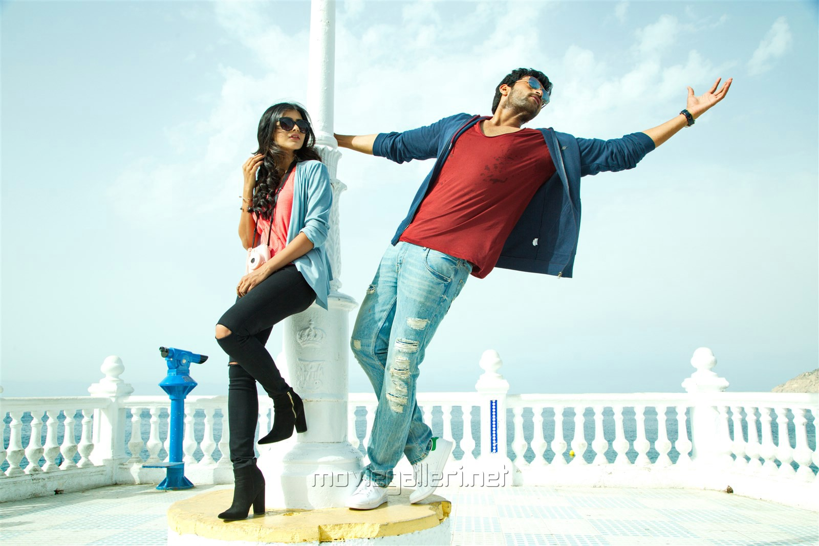 Hebah Patel, Varun Tej in Mister Movie Photos