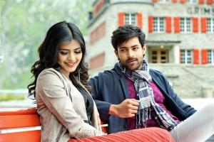 Hebah Patel, Varun Tej in Mister Movie Stills