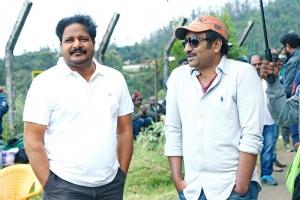 Nallamalupu Bujji, Srinu Vaitla @ Mister Movie Working Stills