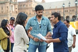 Hebah Patel, Varun Tej, Srinu Vaitla @ Mister Movie Working Stills