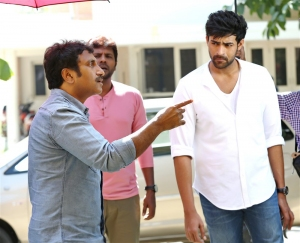 Varun Tej, Srinu Vaitla @ Mister Movie Working Stills