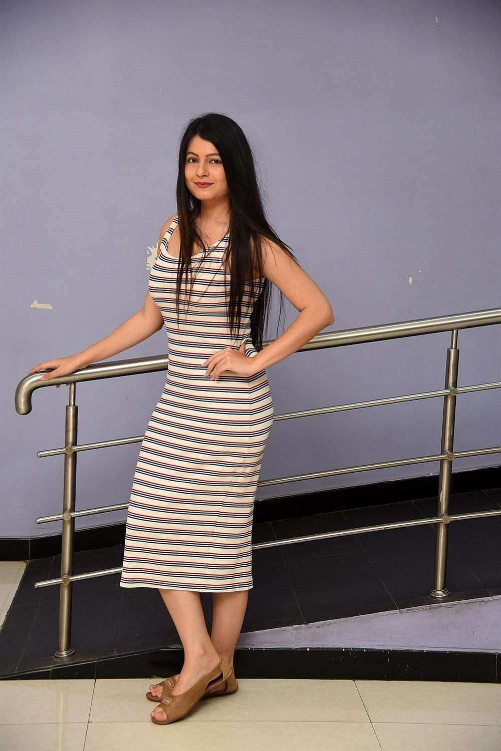 Telugu Actress Monal Jagtani HD Images @ Dhamki Trailer Launch