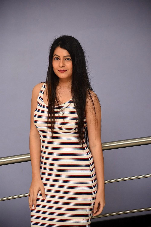 Heroine Monal Jagtani HD Images @ Dhamki Movie Trailer Launch