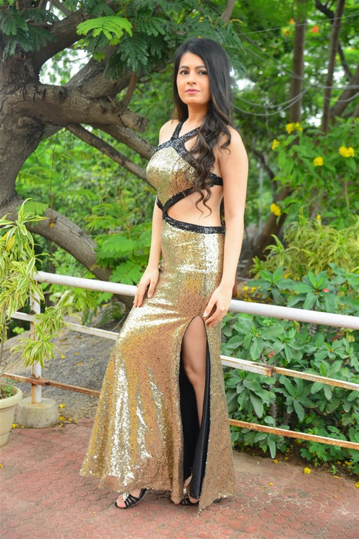 Actress Monal Jagtani Photos @ Samudrudu Movie Opening
