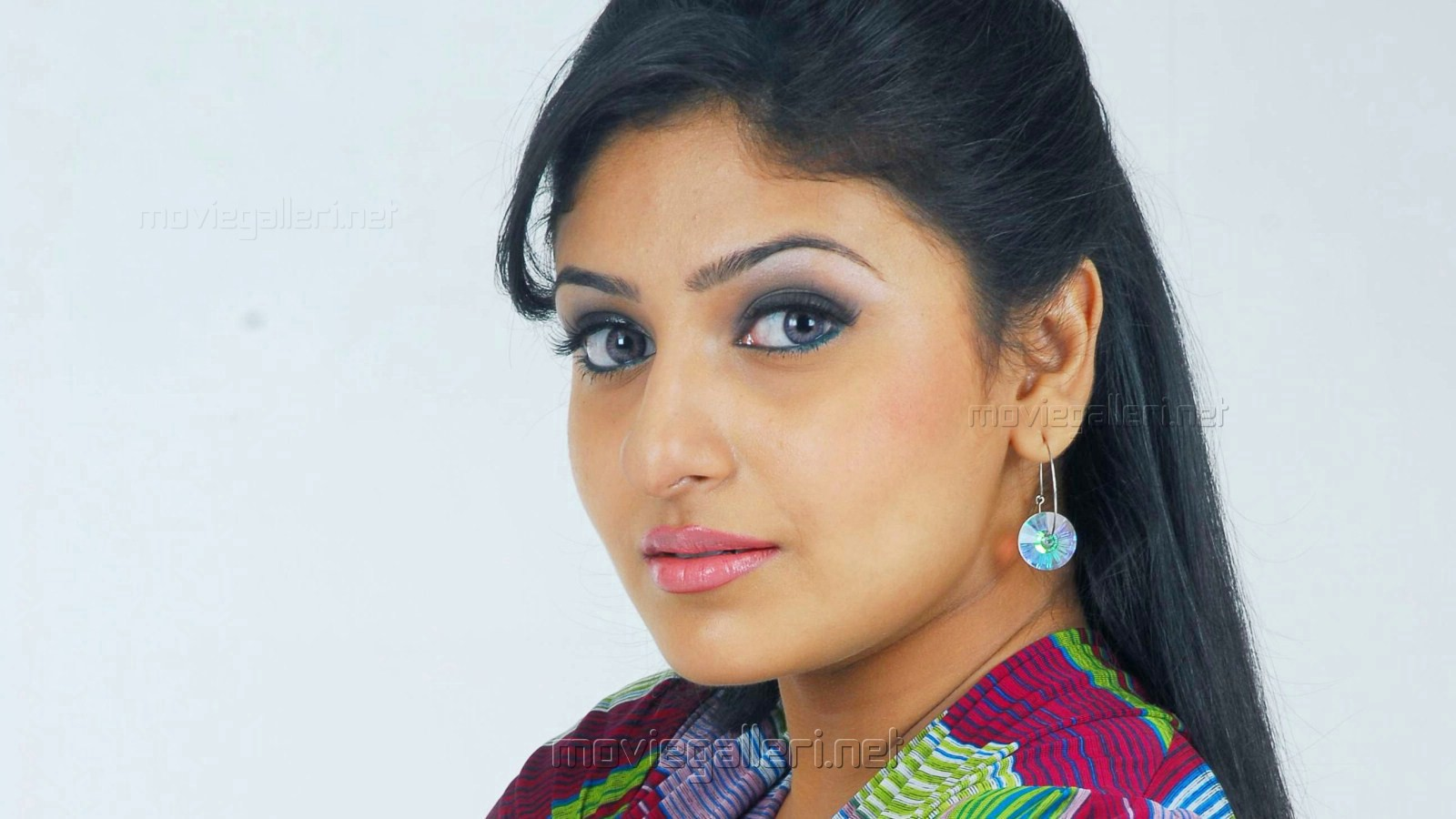 Tamil Actresses Wallpapers 11