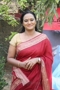 Actress Anupama Kumar at Moodar Koodam Movie Press Meet Stills
