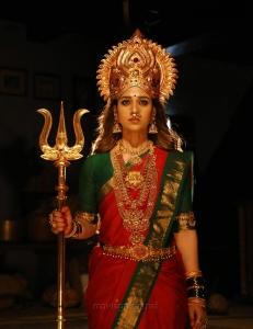 Nayanthara Mookuthi Amman Movie Images HD