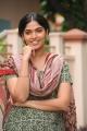 Actress Muktha Bhanu in Moondru Per Moondru Kaadhal Movie Stills