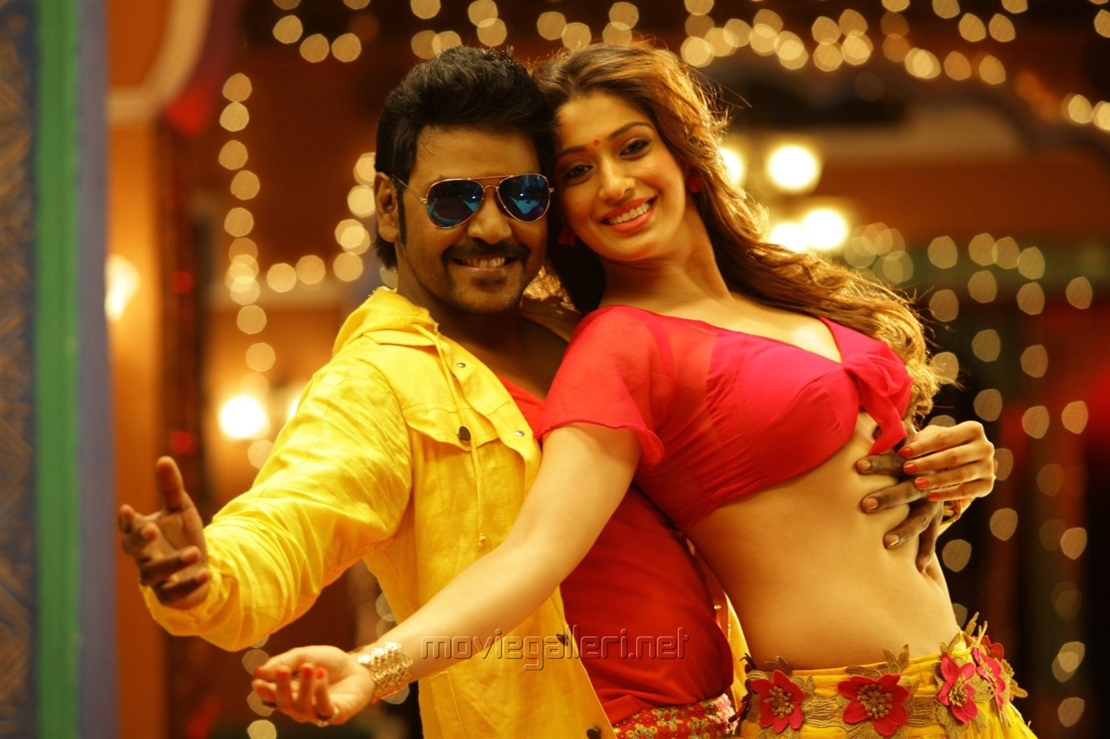 Raghava Lawrence, Raai Laxmi in Motta Siva Ketta Siva Movie Stills