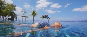Regina Cassandra, Gautham Karthik in Mr Chandramouli Hot Beach Song Images HD