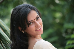 Actress Disha Pandey in Naa Madilo Nidurinche Cheli Movie Stills