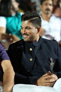 Actor Allu Arjun @ Naa Peru Surya Naa Illu India Pre Release Function Photos