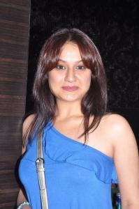 Sonia Agarwal at Naan Ee Premiere Show Stills