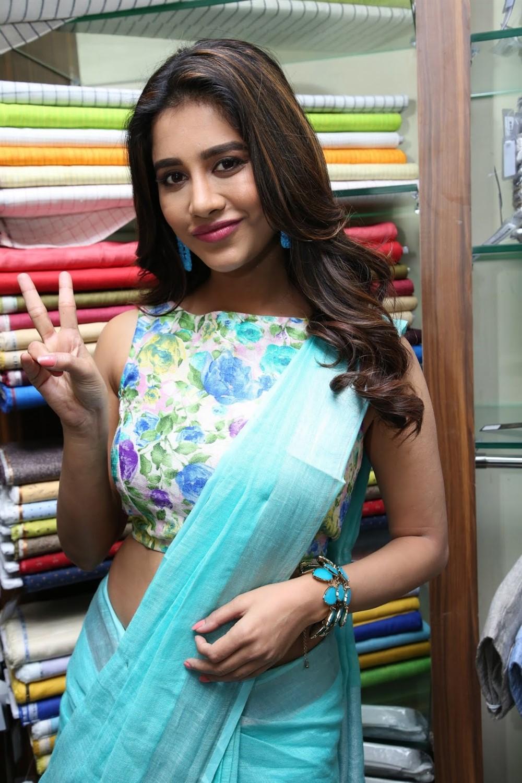Actress Nabha Natesh Inaugurated Linen House at Dilsukhnagar Photos