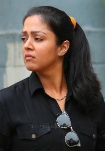 Nachiyar Movie Actress Jyothika HD Stills