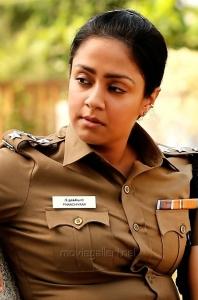 Nachiyar Movie Actress Jyothika Police Officier Dress Images HD