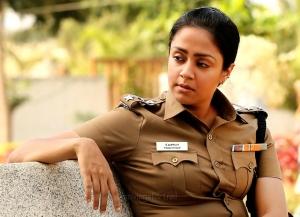 Nachiyar Movie Actress Jyothika Police Officier Images HD