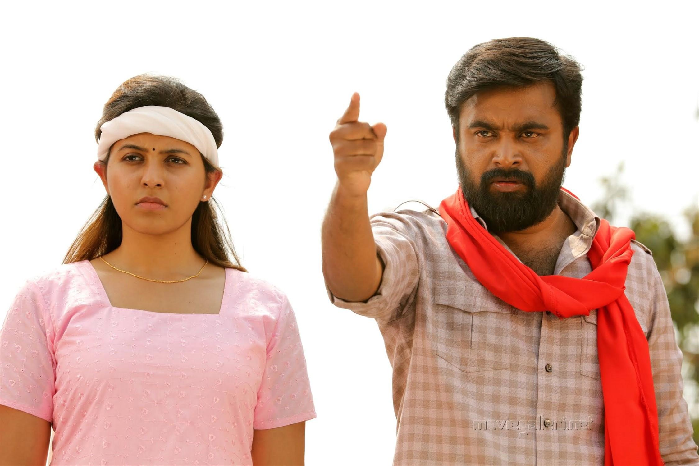 Anjali, Sasikumar in Nadodigal 2 Movie Images HD