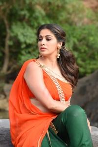 Naga Kanya Heroine Lakshmi Rai HD Images