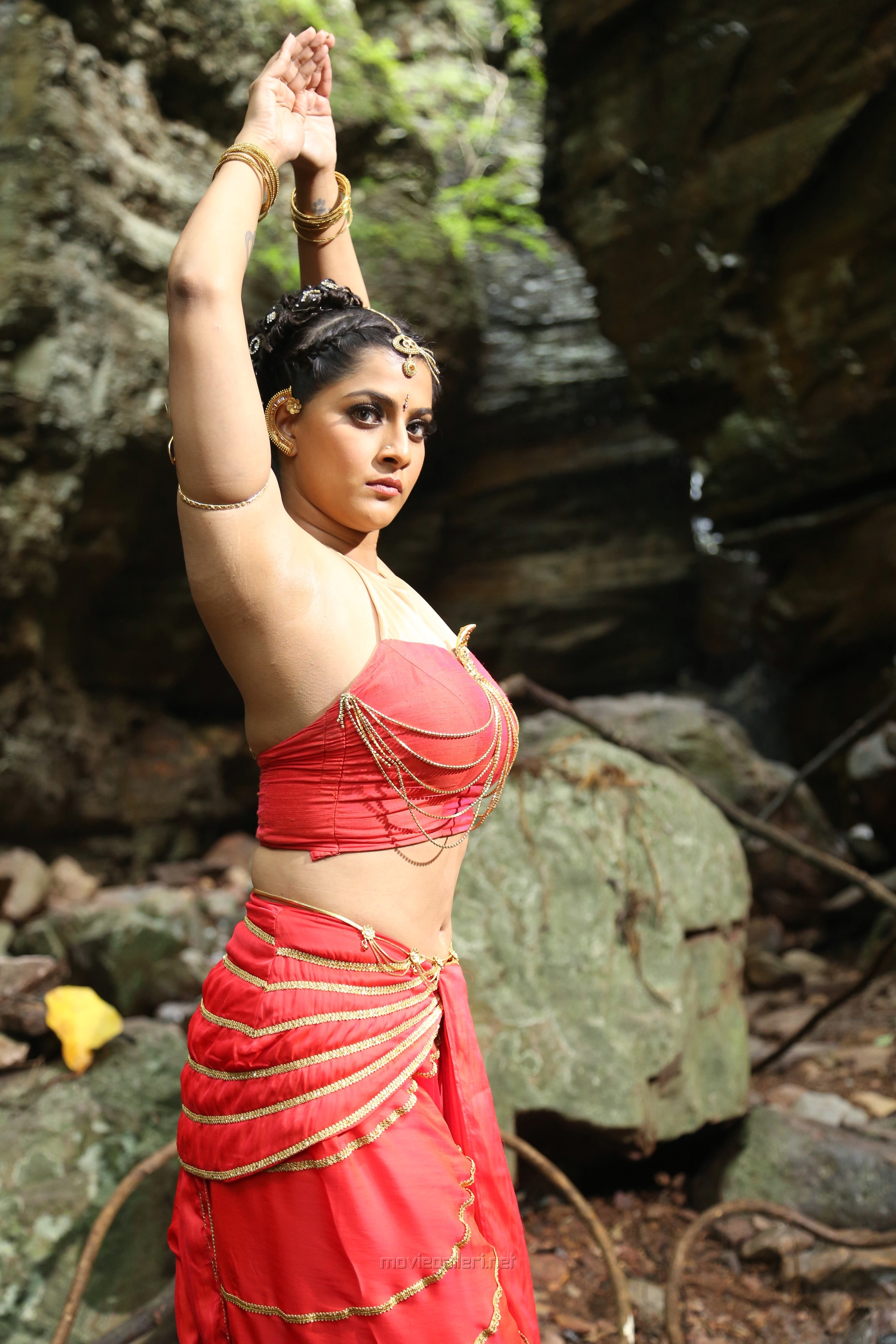 Actress Varalaxmi Hot in Naga Kanya Movie Stills HD