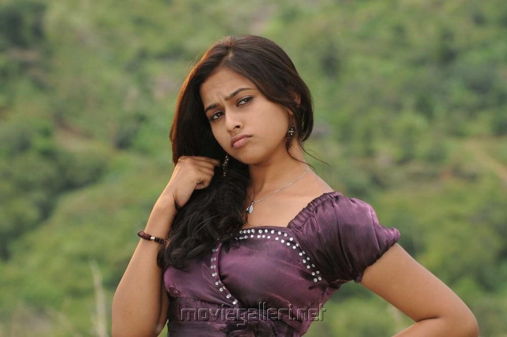 Nagarpuram Movie Review - nettv4u