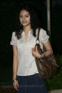 Nakili Telugu Movie Roopa Stills