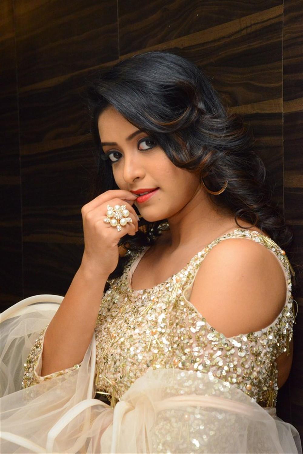 Actress Nakshatra Pictures @ Rajdoot Pre Release