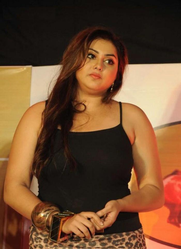 Actress Namitha Hot Pics