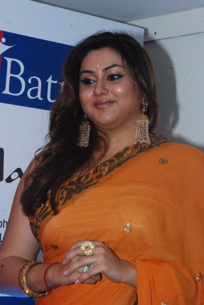 Tamil Actress Namitha Orange Saree Latest Hot Photos   Gallery View