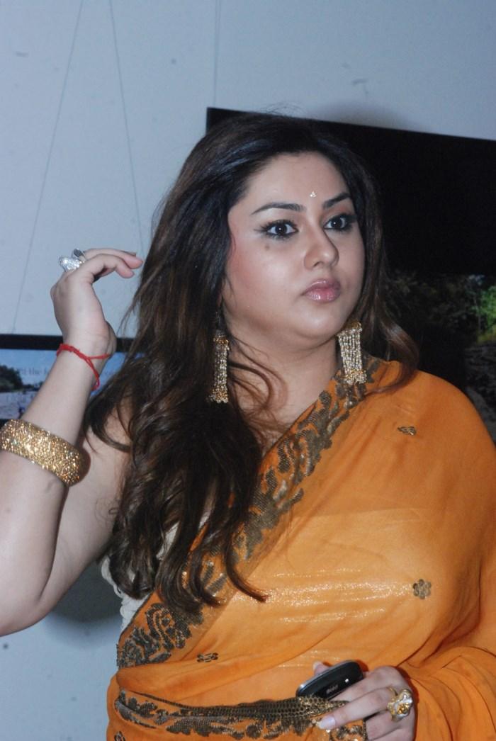 Actress Namitha Hot in Orange Saree Photos [ Gallery View ]