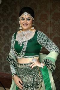 Actress Namitha Latest Beautiful Photos HD