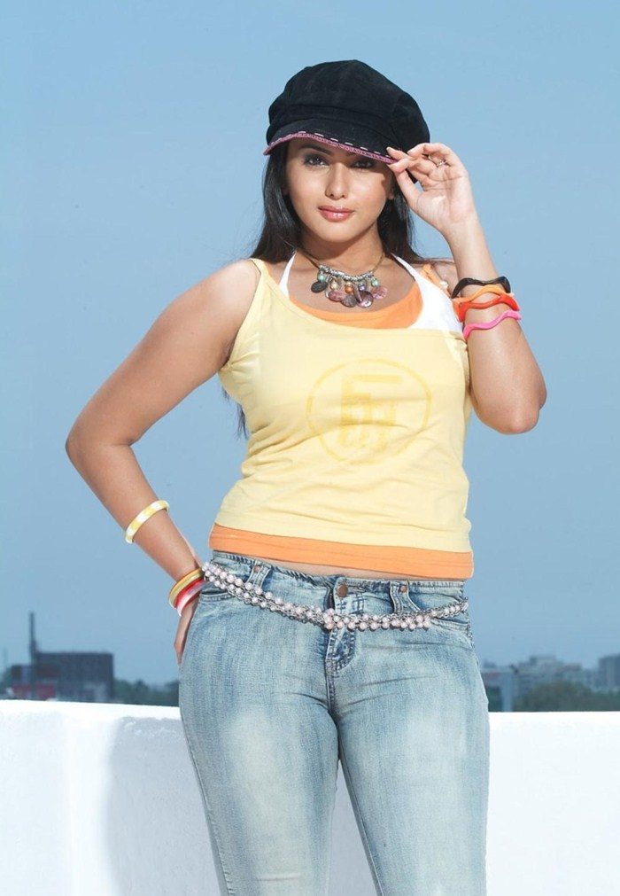 Tamil Actress Namitha Hot Photoshoot Pictures [ Gallery View ]