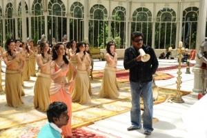 Shankar, Ileana @ Nanban Tamil Movie Shooting Spot Stills