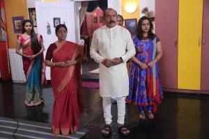 Nithya Ram, Sachu, Vijayakumar, Manjula @ Nandini TV Serial Working Stills