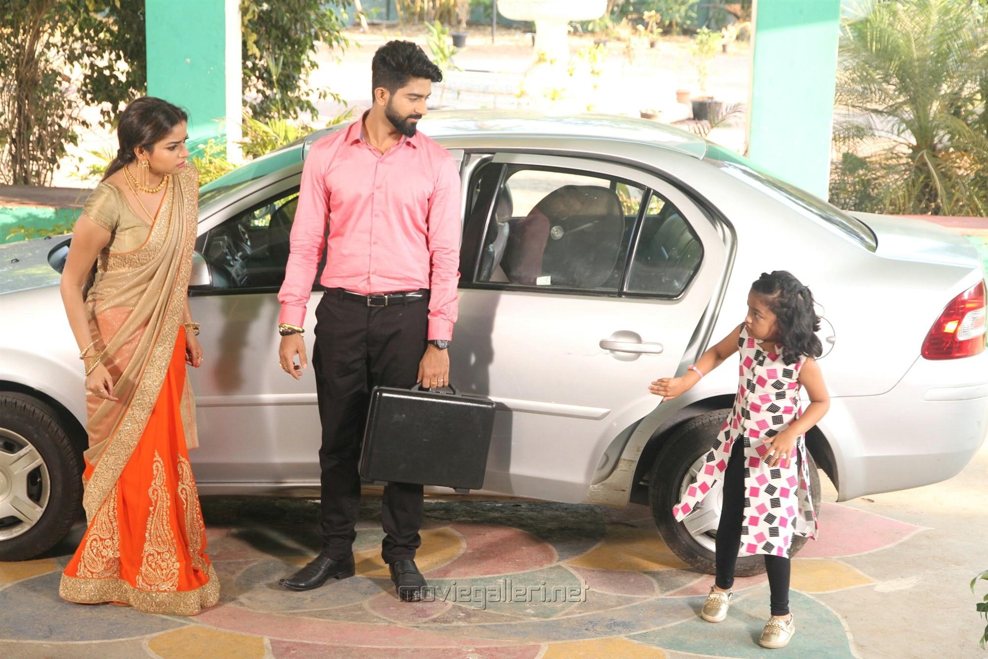 Nithya Ram, Rahul Ravi, Baby Adhitri @ Nandini TV Serial Working Stills