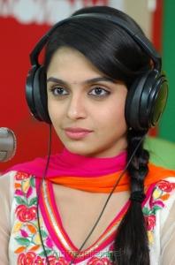 Sheena Shahabadi New Stills