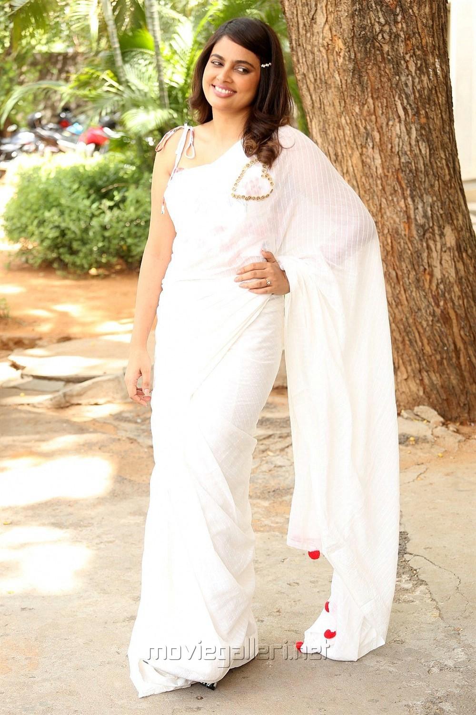 Akshara Movie Actress Nandita Swetha Images