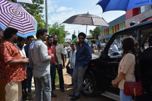 Andal Ramesh, Richard rishi @ Nandu En Nanban Movie Working Stills