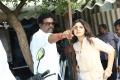 Director Andal Ramesh, Actress Athmiya @ Nandu En Nanban Movie Working Stills