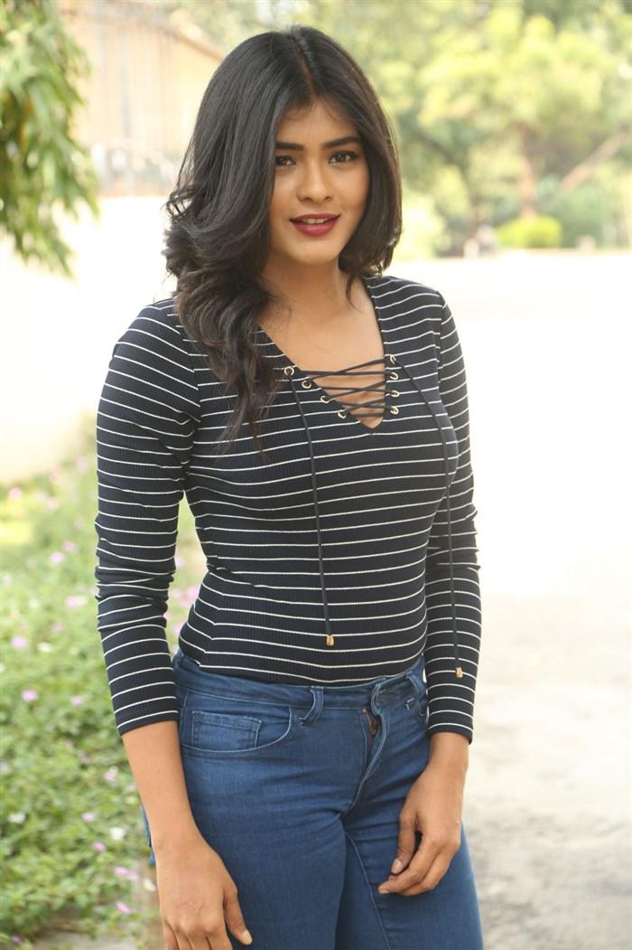 Hebah Patel @ Nanna Nenu Naa Boyfriends Teaser Launch Stills