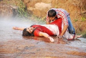 Pranav, Monica in Nathikal Nanaivathillai Movie Stills