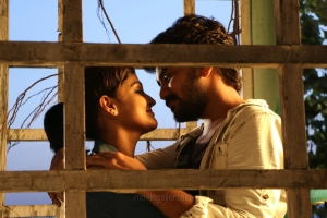 Ramya Nambeesan, Kavin in Natpuna Ennanu Theriyuma Movie Stills HD